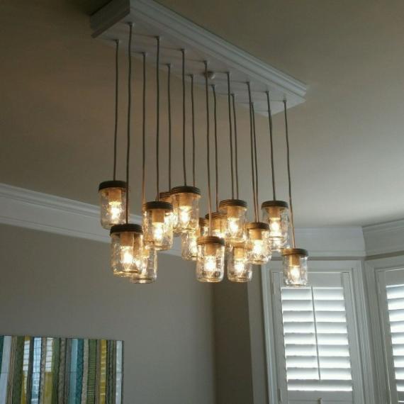 Come realizzare un lampadario utilizzando dei barattoli di - Come decorare un barattolo ...