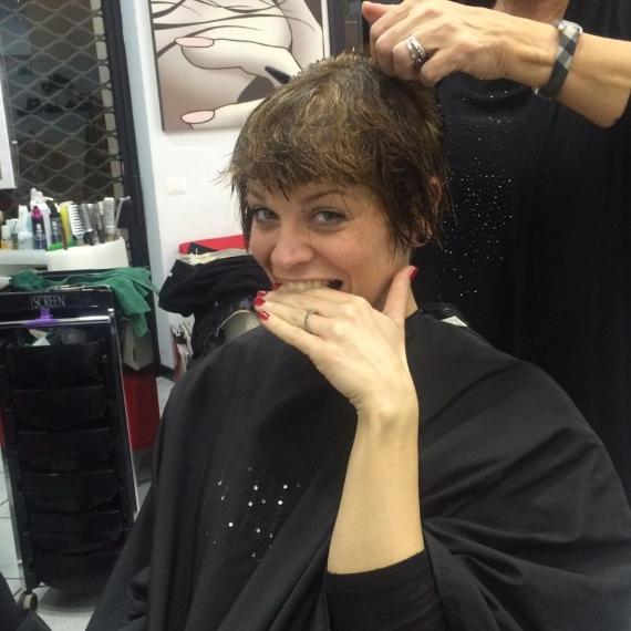 Foto nuovo taglio capelli alessandra amoroso