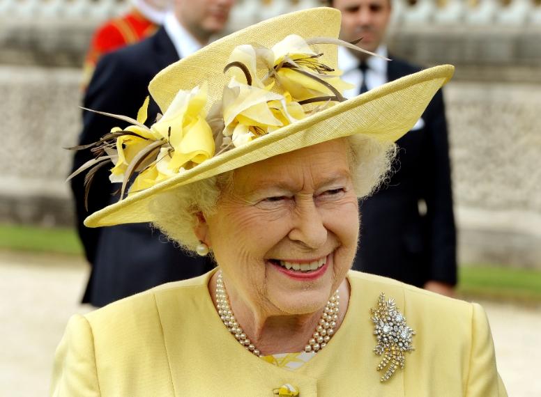 Tutti i cappelli della regina elisabetta ii for La regina elisabetta 2