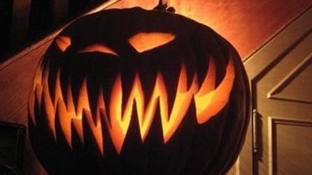 Come intagliare e realizzare la zucca di halloween for Foto zucche halloween