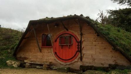 Casa da hobbit? Resterete affascinati quando guarderete cosa si nasconde all'interno