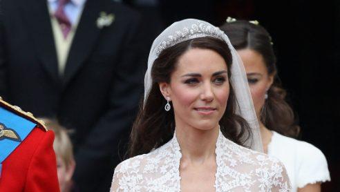 Diane e kate le principesse con la tiara di diamanti for Tiara di diamanti