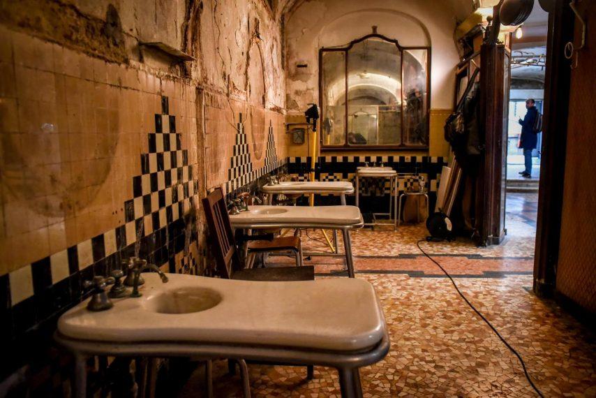 Alberghi Diurni: da eleganti bagni pubblici a luoghi abbandonati d ...