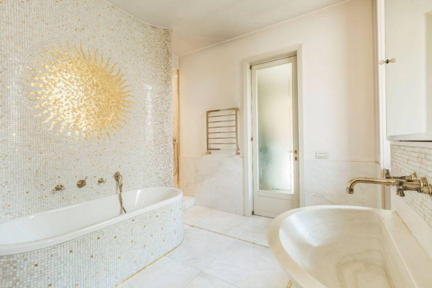 La villa da sogno di Versace in vendita a Milano: lusso in pieno centro
