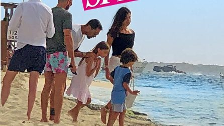 Belen Rodriguez e Marco Borriello paparazzati a Formentera