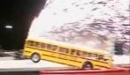 Lo scuola-bus che impenna