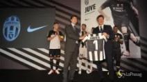 La Juventus comincia la nuova stagione con la presentazione delle maglie