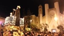 Processione Addolorata Gallipoli uscita dal Sacro Cuore