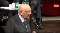 Napolitano si commuove ricordando l'abbraccio al Quirinale tra le vedove Calabresi e Pinelli