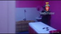 Centri massaggi a luci rosse: blitz dei carabinieri nel casertano, 2 denunciati