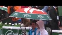 Roland Garros, Djokovic scherza con il raccattapalle