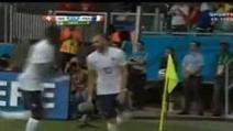Francia-Svizzera 5-2, Benzema segna ed esulta ma il gol non vale