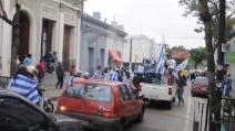 Festa in tutto l'Uruguay dopo la vittoria contro l'Italia