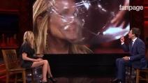 Pallone in faccia a Julia Roberts in diretta tv