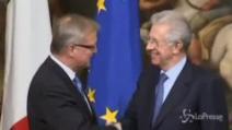 """Monti: """"Ci stiamo avvincinando all'uscita del tunnel"""""""