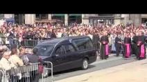 Addio a Martini, l'arrivo del feretro in Duomo