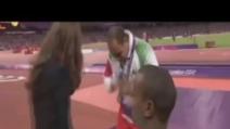 Premiato da Kate Middleton alle Paralimpiadi, non le stringe la mano perchè donna