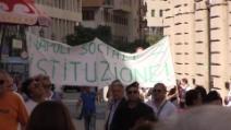La protesta dei lavoratori di Napoli Sociale