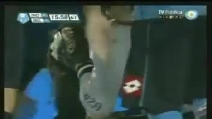 Petardo colpisce in testa il portiere dell'Atletico Belgrano