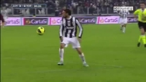 Splendido controllo di tacco di Claudio Marchisio