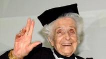 "Montalcini a Laurea Honoris Causa ringraziò del ""necrologio"" da viva"