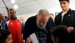 Fidel Castro è vivo: appare in pubblico e vota alle elezioni