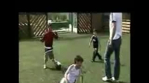 Zidane gioca a calcio con i figli, Enzo, Luca e Theo