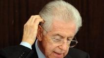 """Berlusconi: """"Monti ha commesso gravi errori e provocato danni enormi"""""""