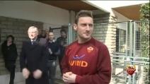 Trigoria in festa per Totti dopo il gol alla Juventus