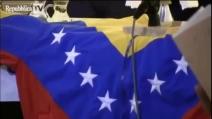 "Don Gallo celebra la messa per Chavez e canta ""El Pueblo Unido"""