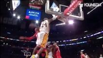 Pazzesca schiacciata di Kobe Bryant