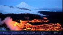 Russia, l'eruzione del vulcano Plosky Tolbachik