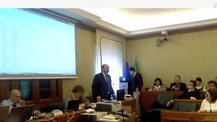 Vito Crimi relaziona al gruppo M5S sull'incontro Grillo-Napolitano
