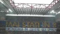 """""""Mai stati in B"""": la coreografia dei tifosi dell'Inter rivolta ai bianconeri"""
