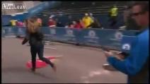 Due bombe alla maratona di Boston, almeno 3 morti