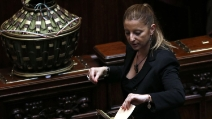 """Lombardi (M5S): """"Grande rispetto per Napolitano, ma votiamo Rodotà"""""""