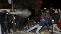 Francia, scontri e proteste contro la legalizzazione del matrimonio tra gay