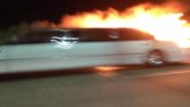 Usa, limousine prende fuoco su ponte San Francisco: morte 5 donne