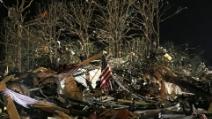 """Tornado Oklahoma, Governatore: """"Cercheremo sotto ogni calcinaccio"""""""