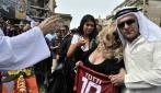 I funerali dell'AS Roma: i tifosi della Lazio danno l'estremo saluto ai giallorossi