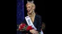 Nicole Kelly è la nuova Miss Iowa con un solo braccio