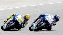 Il fantastico duello tra Rossi e Lorenzo nel Gp di Catalunya del 2009
