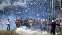 Proteste in tutto il Brasile, scontri tra manifestanti e polizia