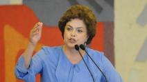 """Brasile, la presidente Rousseff offre un """"patto alla nazione"""""""