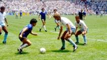 """Diego Armando Maradona segna il """"Goal Del Secolo"""""""