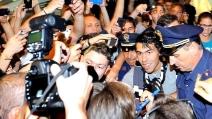 Tevez a Malpensa, il benvenuto dei tifosi juventini