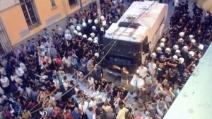 Taksim, primo Iftar del Ramadan con la polizia per i manifestanti