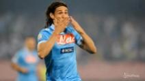 Cavani si allontana da Napoli: vicino l'accordo col PSG