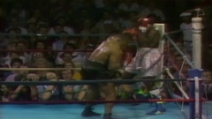 Tyson manda ko Frazier in 20 secondi (full HD)
