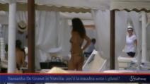 Samantha De Grenet si rilassa in spiaggia Versilia prima di tornare in tv
